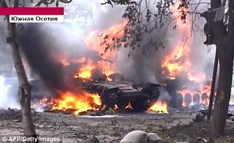 نبذة عن حرب روسيا و جورجيا Article-1042816-0236E6B100000578-123_468x286