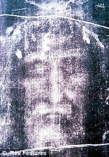 Leonardo, the Turin Shroud and the Mona Lisa Article-1196520-058C89DB000005DC-361_224x324