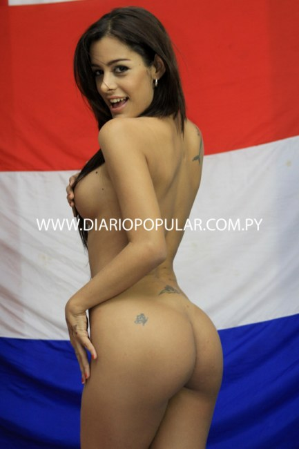 The World Cup 2010 Babes Thread - Page 4 Article-1293060-0A5C851D000005DC-849_235x397_popup