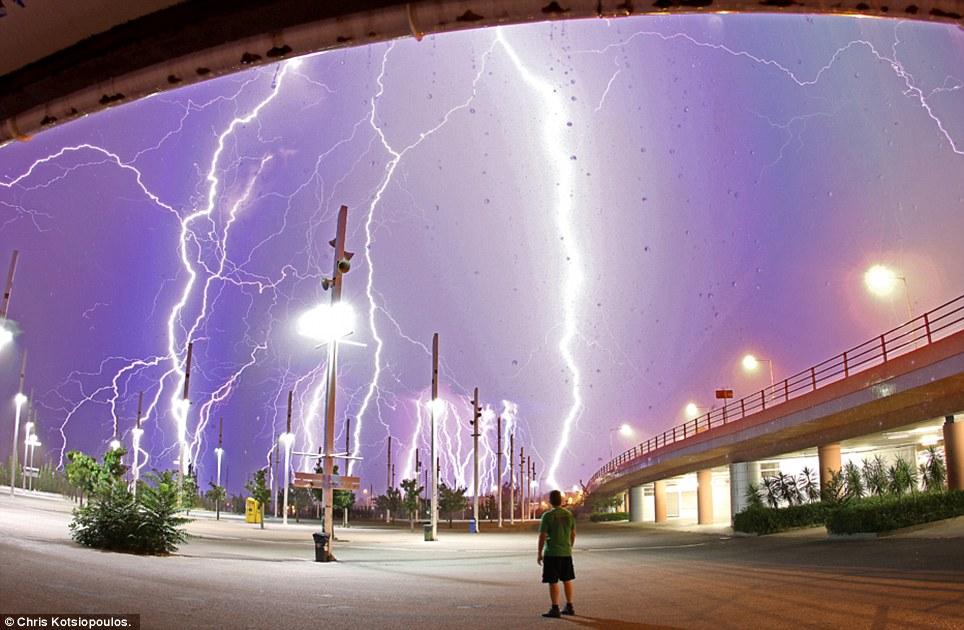 tormentas cada vez más dañinas Article-0-0A8B87EA000005DC-216_964x630