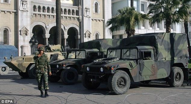 مدرعات MRAP Kirpi لجيش البر التونسي Article-1347779-0CC98512000005DC-458_634x346