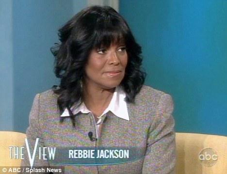 """Rebbie: """"La morte di Michael è stata come vivere un incubo"""" Article-1351243-0CF0E699000005DC-139_468x359"""