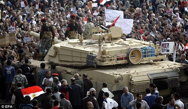 القوات المسلحه المصريه.(شامل) - صفحة 2 Article-1351826-0CF9B05A000005DC-651_634x370