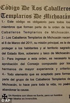 CABALLEROS TEMPLARIOS - Página 3 Article-0-0D16603C00000578-104_233x341