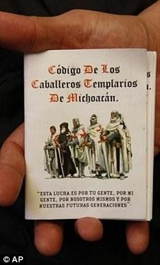 CABALLEROS TEMPLARIOS - Página 3 Article-0-0D16604700000578-382_233x387