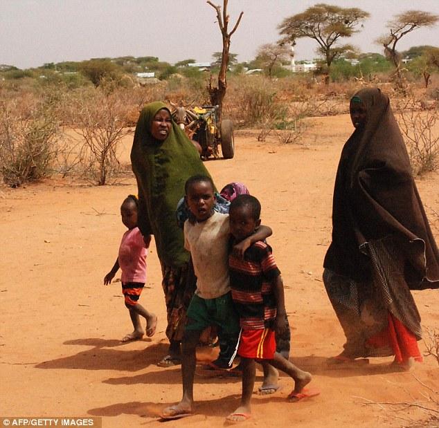Ogathoa Somalia أغيثو الصومال (( للنشر For publication )) Article-2019268-0D2C148D00000578-435_634x619