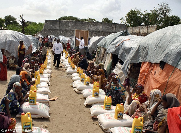 Ogathoa Somalia أغيثو الصومال (( للنشر For publication )) Article-2019268-0D2C508200000578-639_634x467