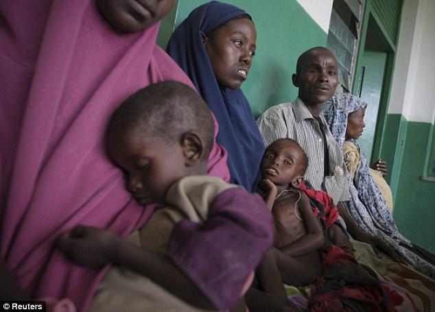 Ogathoa Somalia أغيثو الصومال (( للنشر For publication )) Article-2025054-0D622D8B00000578-353_634x455