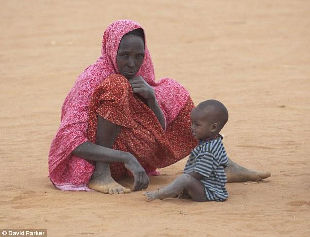 Ogathoa Somalia أغيثو الصومال (( للنشر For publication )) Article-2025490-0D5AF4AC00000578-915_634x485