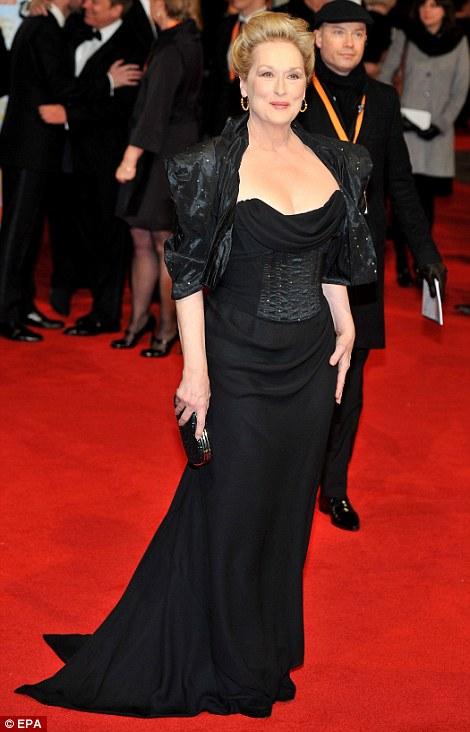 PREMIOS >> BAFTA 2012  Article-2100138-11B38CEC000005DC-54_470x732