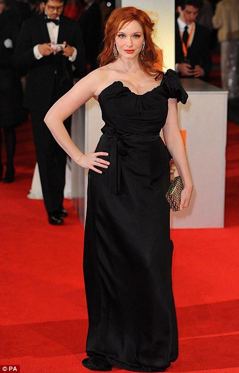 PREMIOS >> BAFTA 2012  Article-2100138-11B39B45000005DC-103_470x732