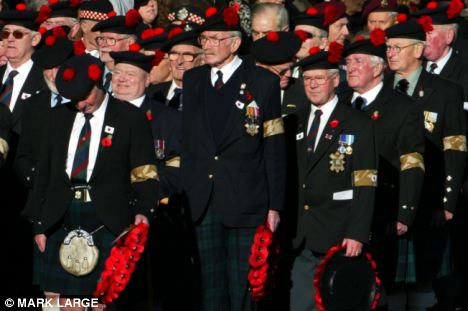 Le Black Watch et d'autres régiments historiques risquent de disparaitre Article-2141112-01C9199B0000044D-207_468x311
