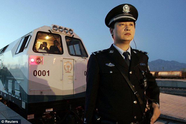 Une taupe de la CIA aurait été arrêtée en Chine Article-2153283-04EA81790000044D-240_634x424