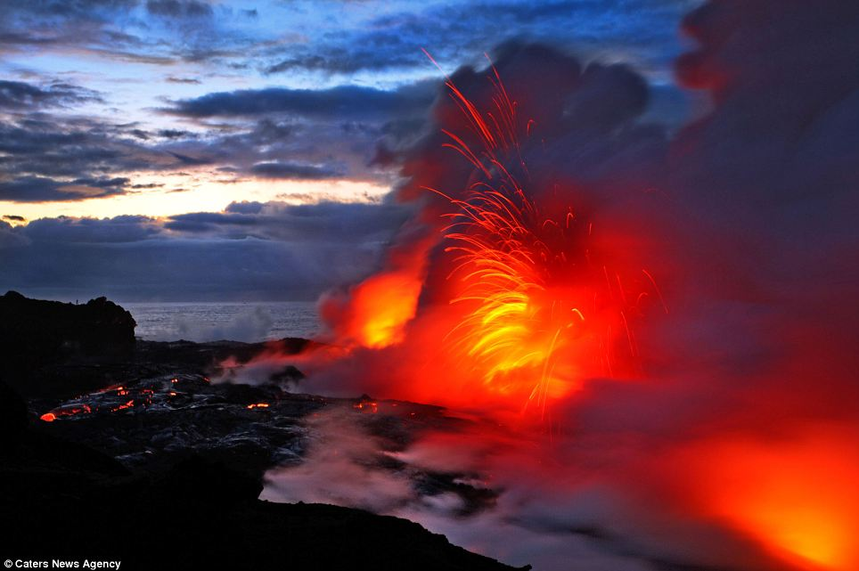 """""""Photographers brave boiling waters to capture the drama of ... lava crashing into the sea off Hawaii""""  Article-2198591-14D87F25000005DC-523_964x641"""