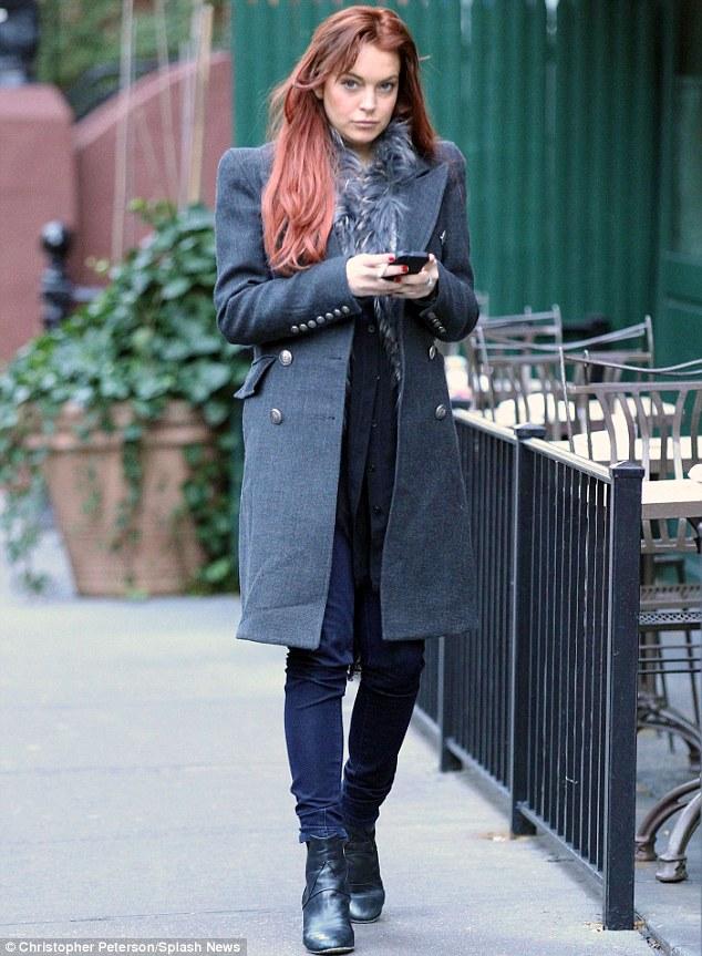 Lindsay Lohan ⇨ Noticias Generales - Página 5 Article-0-15D5EE06000005DC-102_634x863