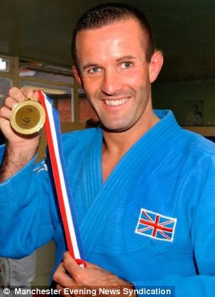 Blind Paralympic judo star stole £10,000 in disability benefits Article-2266497-1679A6EB000005DC-697_306x423
