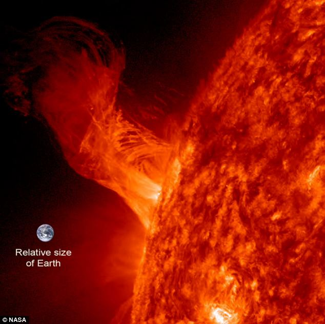 NASA warns 'something unexpected is happening to the Sun' Article-0-1885C54E000005DC-549_634x632