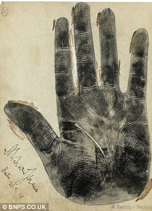 CLASSIC HAND CASTS: Beethoven, Chopin, Listz + more! Article-2329653-19F46745000005DC-663_306x423