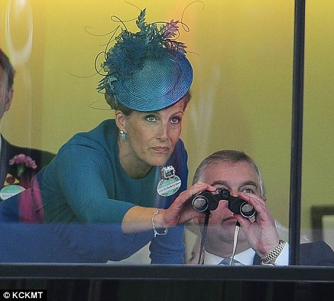 Royal Ascot 2013. Article-2344002-1A631DE3000005DC-770_470x423