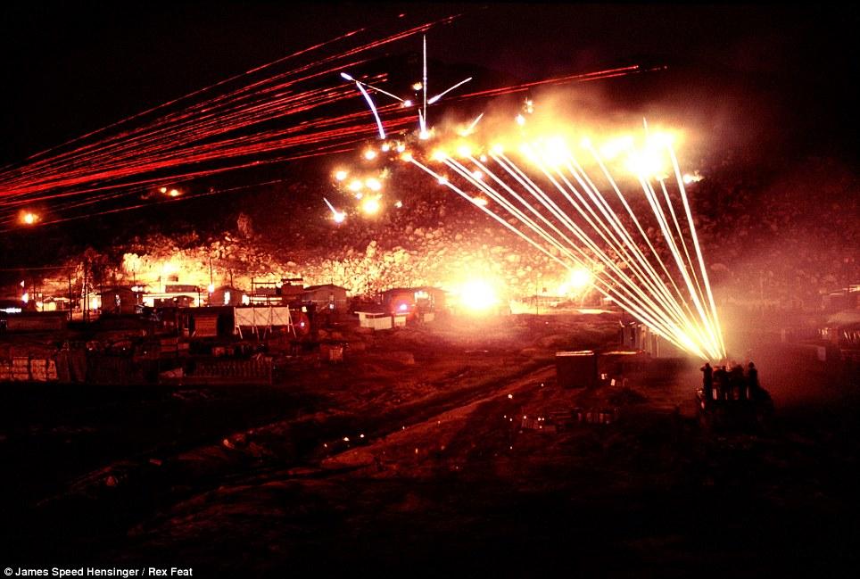 guerre du vietnam Article-2345454-1A6A53BD000005DC-195_964x649