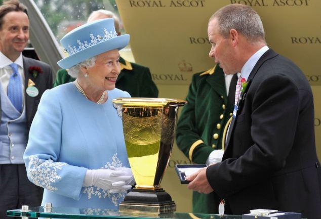 Royal Ascot 2013. - Página 9 Article-2345918-1A743B4A000005DC-822_634x433