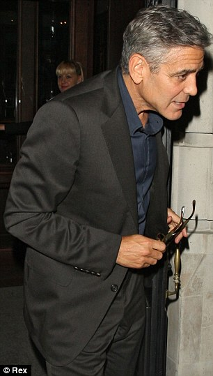 George Clooney at dinner in London Article-0-18F77CA900000578-771_306x539