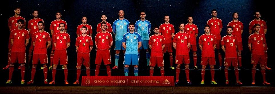 Hilo de la selección de España (selección española) Article-2505782-19636DAB00000578-221_964x329