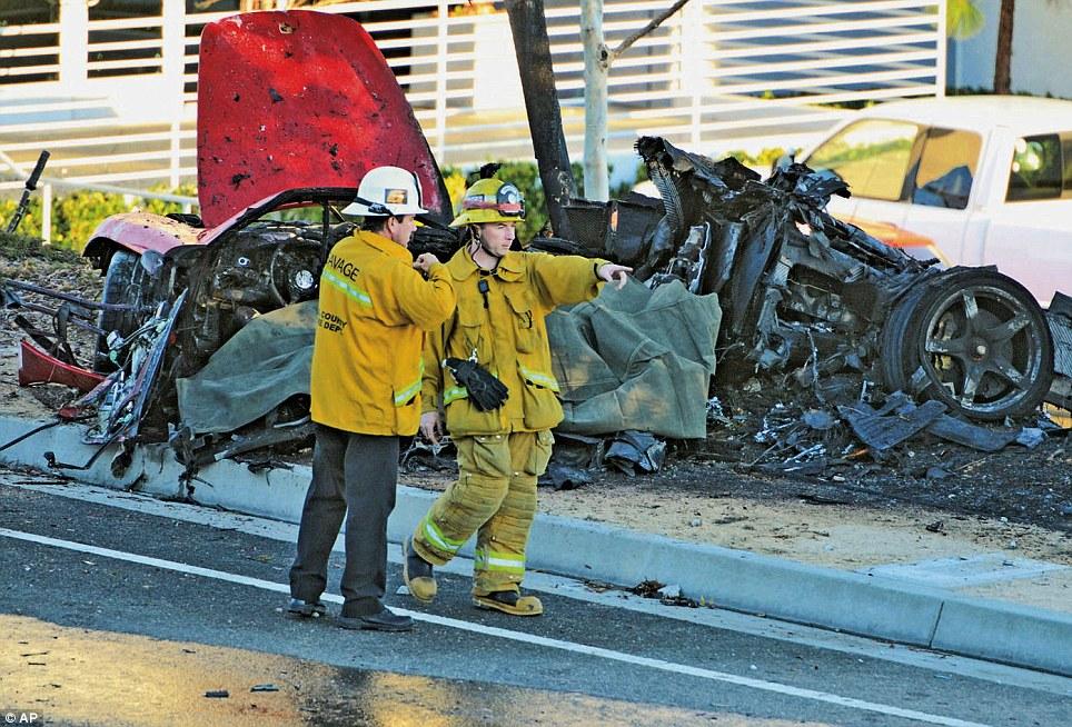 Mort d'un acteur connu en Porsche Article-2516303-19BF92F200000578-804_964x654