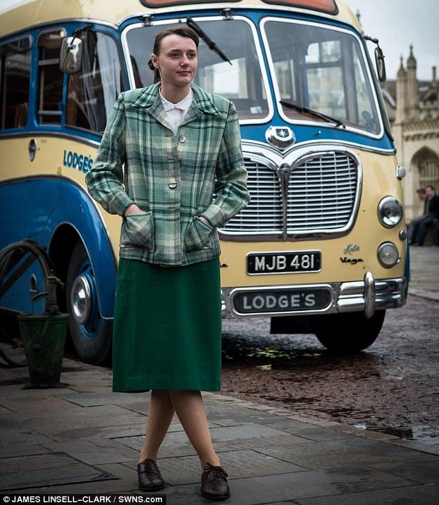 Grantchester ITV 2014, l'adaptation des romans de James Runcie Article-2599017-1CE7A27700000578-438_634x729