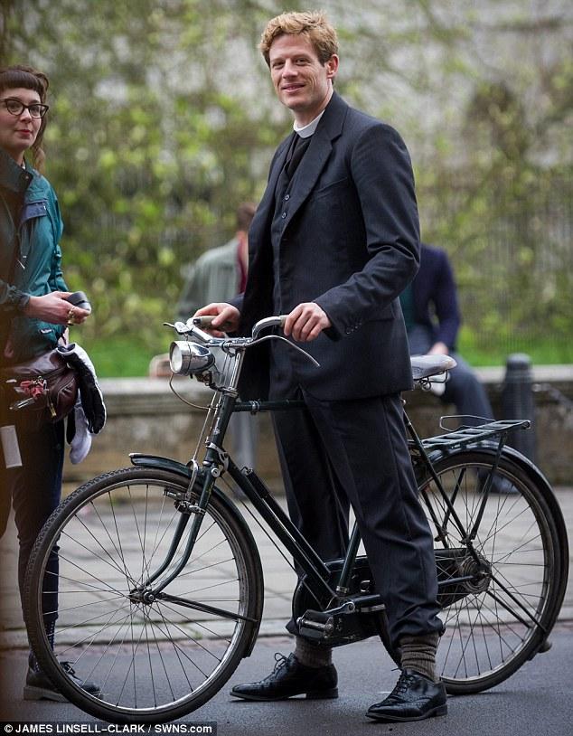 Grantchester ITV 2014, l'adaptation des romans de James Runcie Article-2599017-1CE7A28B00000578-357_634x814