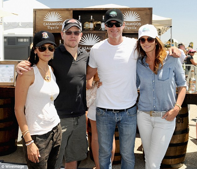 George Clooney and Rande Gerber's Casamigos tequila GENERAL THREAD - Page 7 Article-2620274-1D8F1BF500000578-937_634x544