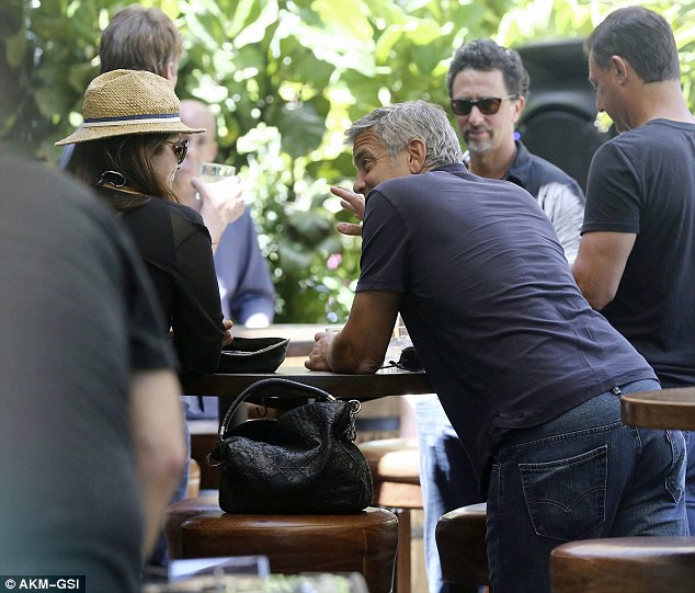 George Clooney & Amal Alamuddin Celebrate Their Engagement Surrounded By Celebrity Friends! Article-0-1DC3CFC900000578-786_634x541