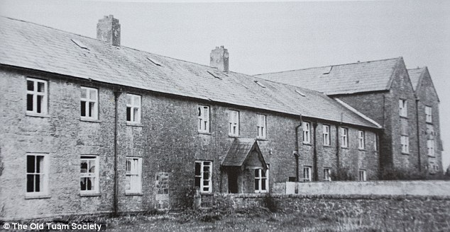 Thousands of children in Irish care homes at centre of 'baby graves scandal' were used in secret vaccine trials in the 1930s Article-2650475-1E1E699200000578-756_634x328