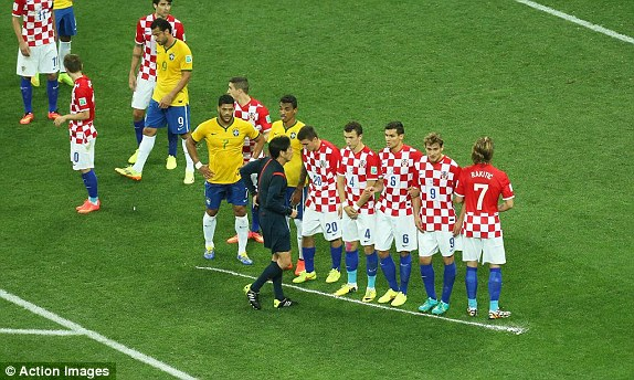 World Cup Brazil 2014. - Page 2 1402606217573_lc_galleryImage_Football_Brazil_v_Croatia