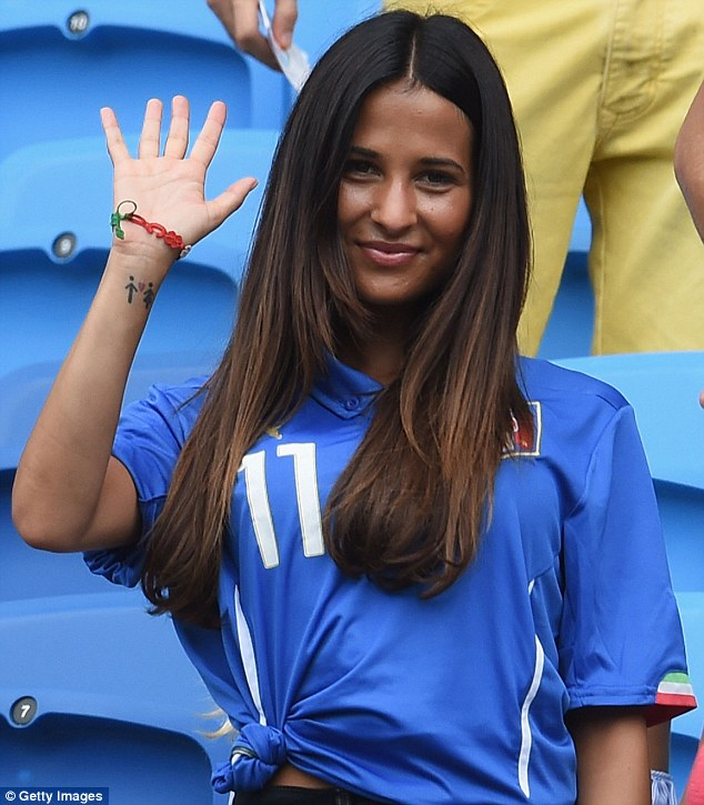 World Cup Beauties - Page 4 Article-0-1F153DA300000578-641_634x725
