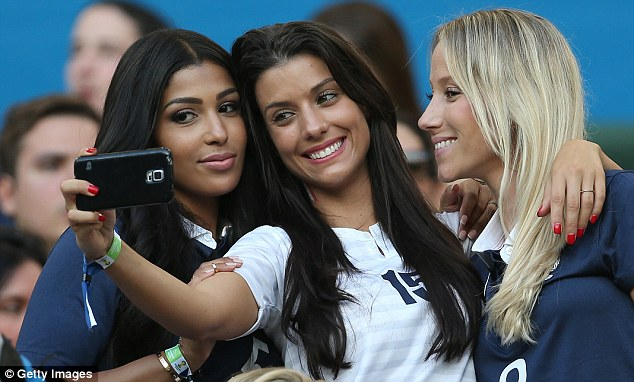 World Cup Beauties - Page 4 Article-0-1F207C9900000578-491_634x382