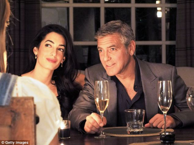 Julian Assange to star at London Fashion Week as a model and muse  - George CLooney invited Article-2670083-1DBE24C300000578-741_634x474