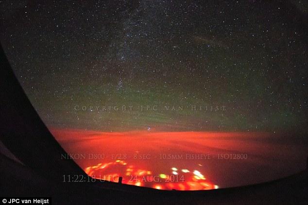 OVNI/PAN Vs plasma froids ? Recherche sur le terrain 1409053829160_wps_7_credit_JPC_van_Heijst_lin