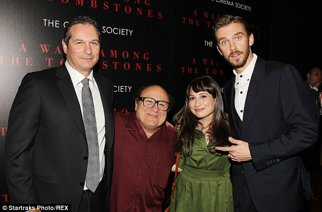 ¿Cuánto mide Danny Devito? - Altura - Real height 1411251781695_Image_galleryImage_Mandatory_Credit_Photo_by