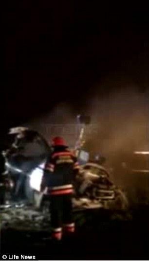 Accident Vnukovo : mort du PDG de TOTAL 1413879499708_wps_12_vnukovo_airplane_crash000
