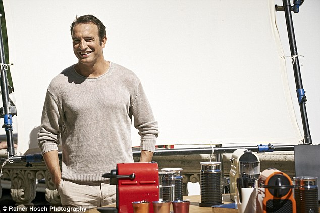 George Clooney and JEAN DUJARDIN doing a new NESPRESSO SPOT - Page 4 1414664732559_wps_49_NOT_FOR_USE_IN_THE_US_and