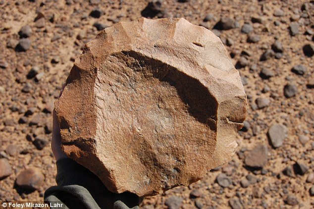 اكتشاف مذهل بصحراء فزان 2690F10900000578-0-image-a-7_1426157846896