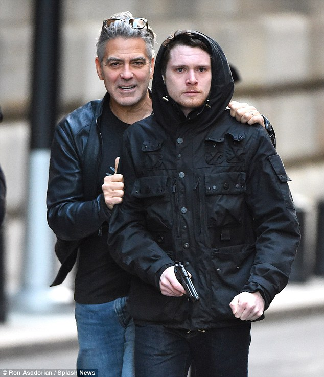 George Clooney on Money Monster Set April 10th & 11th  2015 2774899B00000578-3034978-image-a-34_1428768429164