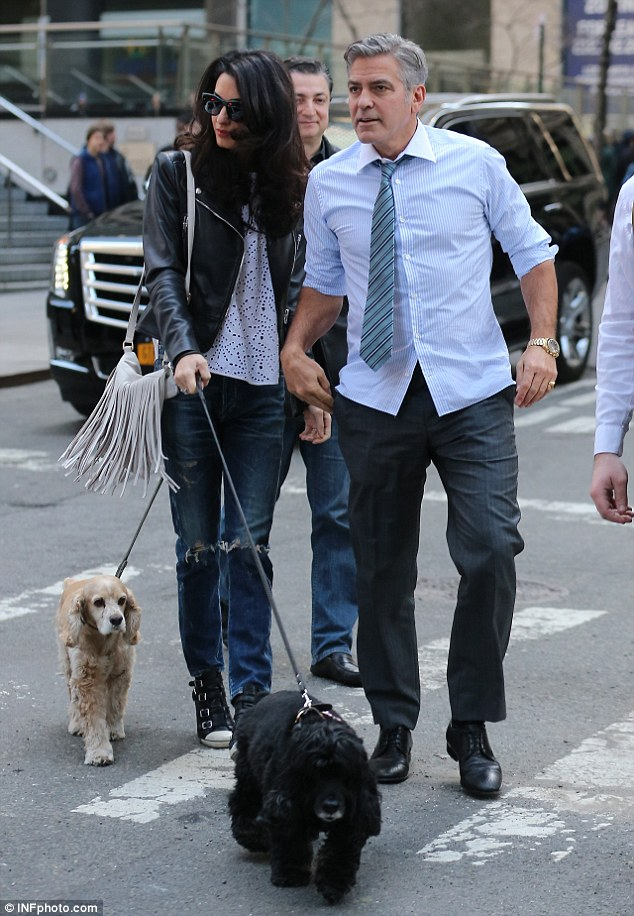 Amal and EINSTEIN!!! (and a blonde pooch) visit George on set, 4-12-15 277FA06400000578-3036224-Family_visit_George_Clooney_welcomed_wife_Amal_and_their_pet_coc-a-7_1428881314607