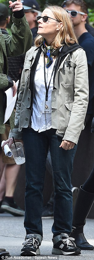 George Clooney on location: Money Monster NYC April 18, 2015 27B555D000000578-3044926-Giving_orders_The_Oscar_winner_seemed_ready_to_get_things_starte-a-6_1429380474103