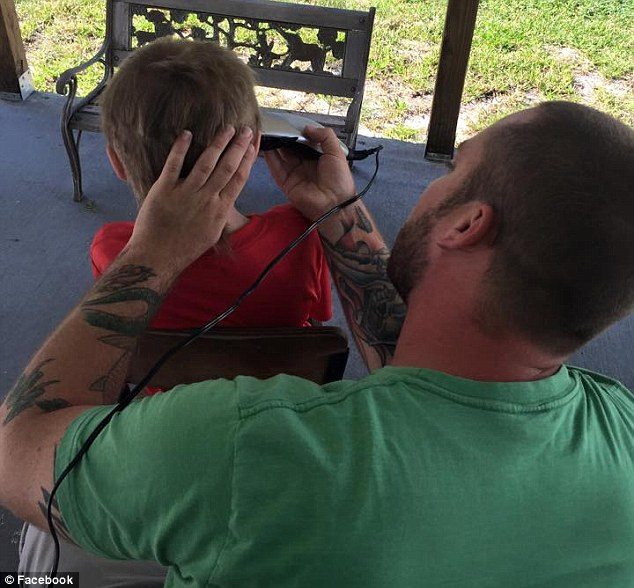 This 8-Year-Old Was Bullied While Growing His Hair – To Make Wigs For Kids With Cancer 294F81B400000578-3108566-His_mother_Deeanna_Thomas_said_even_though_her_son_received_crit-m-71_1433302144618