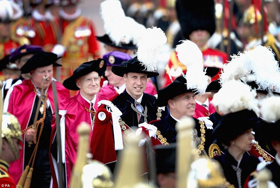 Casa Real de Gran Bretaña e Irlanda del Norte. - Página 8 29A4576400000578-3124982-image-a-36_1434388071281