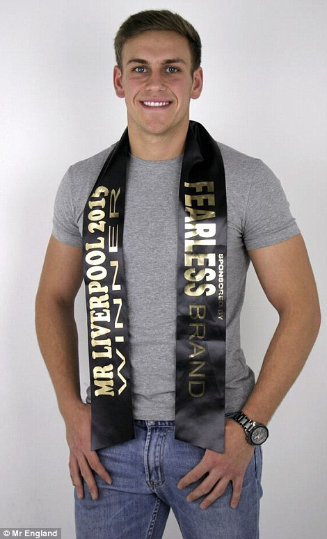 christopher bramell, top 3 de mr global 2017.  29EA902500000578-3137207-image-m-70_1435144813565