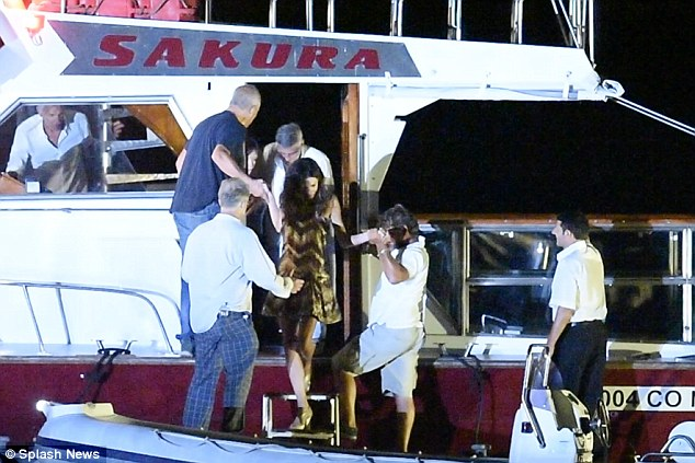 George Clooney & Amal in Como celebrating 4th of July with Julia Roberts 2A3CEC2300000578-0-image-a-54_1436067848218