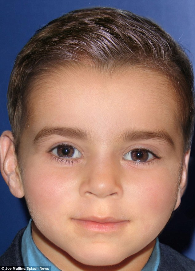 What Clooney offspring might look like.......... 2AB0838100000578-0-image-a-16_1437390686125